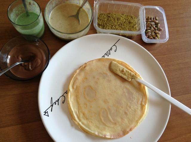 Farcire le crepes al pistacchio