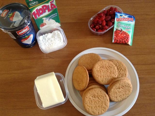 ingredienti cheeecake alla fragola
