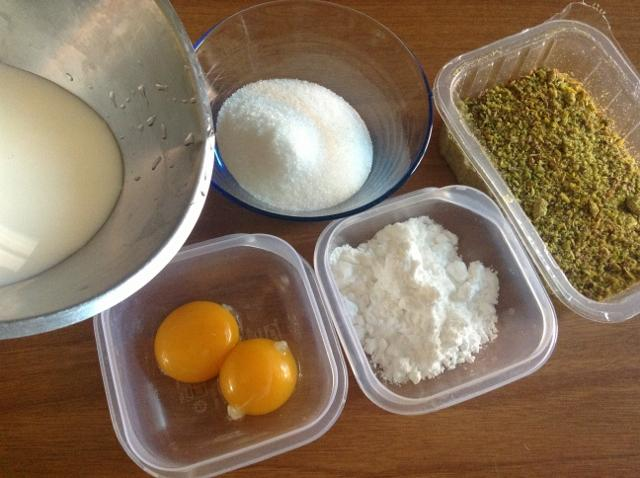ingredienti crema al pistacchio
