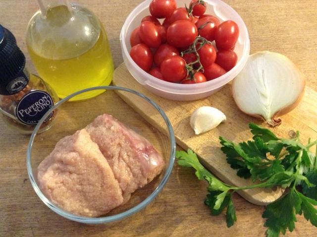 ingredienti pasta con uova di pesce fresche