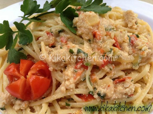 spaghetti con uova frescehe di pesce spada