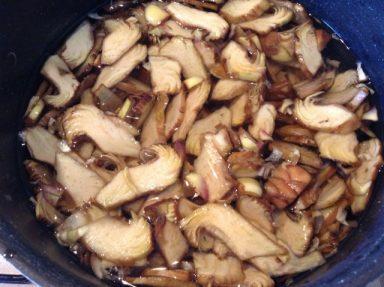 bollire i cuori di carciofi