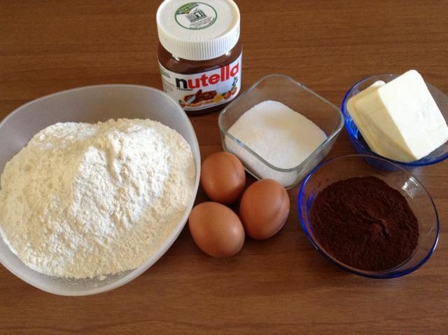 ingredienti biscotti al cioccolato ripieni1