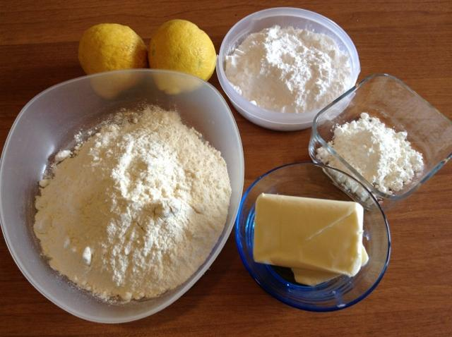 ingredienti biscotti al limone