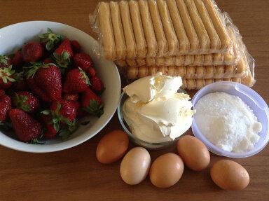 ingredienti tiramisù alle fragole