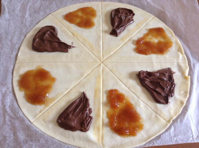 abbastanza Cornetti di pasta sfoglia con nutella o marmellata | Kikakitchen ML35