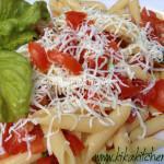 Pasta con pomodorini ciliegino. Ricetta vegetariana