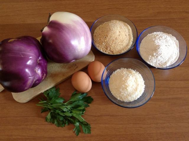 ingredienti cotolette di melanzane