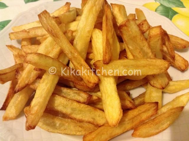 Patatine fritte croccanti. Contorno facile