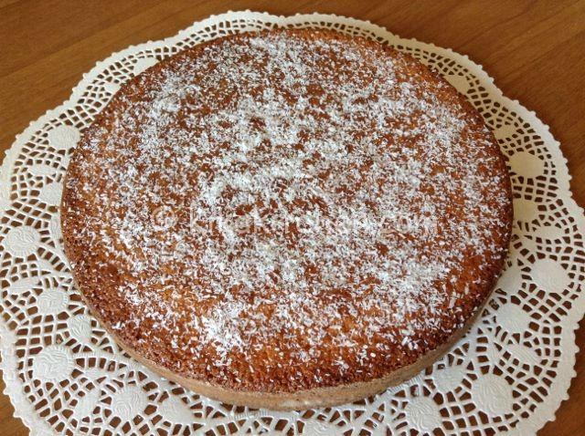 torta al cocco morbida