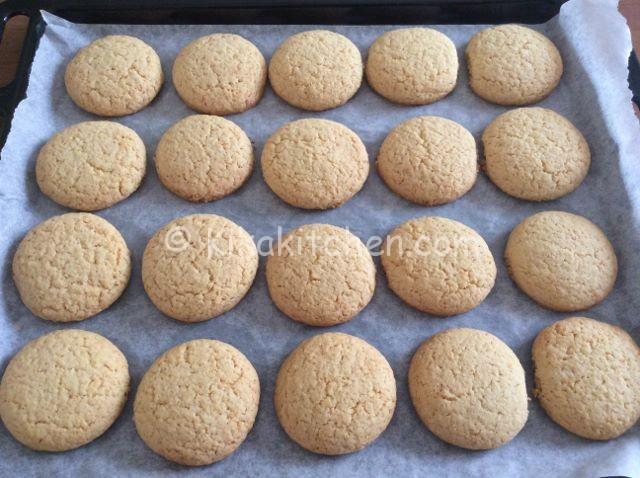biscotti ripieni al limone cotti