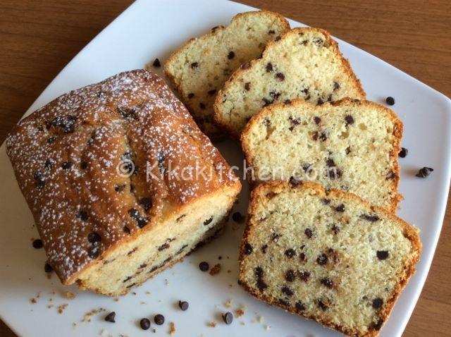 Plumcake con gocce di cioccolato fondente. Ricetta facile