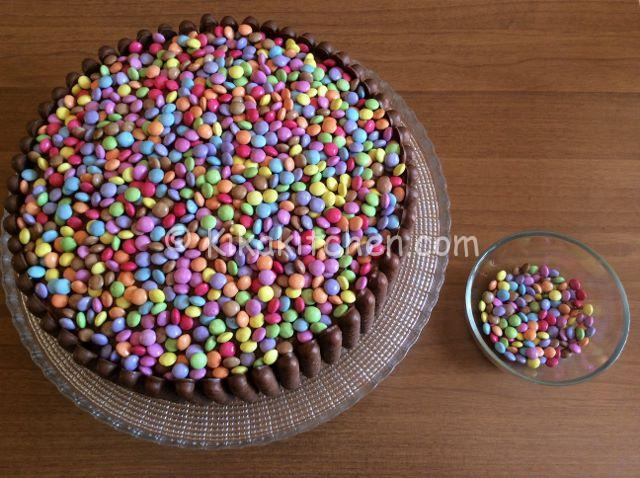guarnire torta smarties
