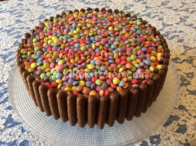 Torta smarties e togo con crema alla nutella | Kikakitchen