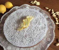 Torta caprese al limone (caprese bianca)