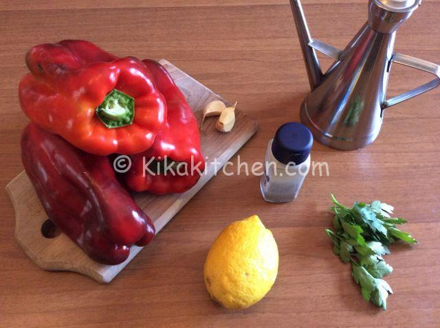 ingredienti insalata di peperoni arrostiti