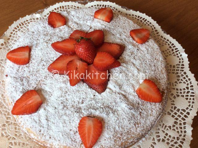 torta con le fragole