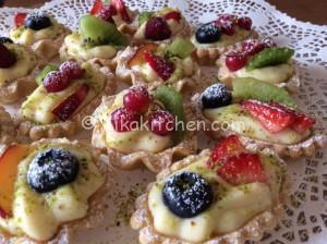 Cestini di frutta con crema pasticcera
