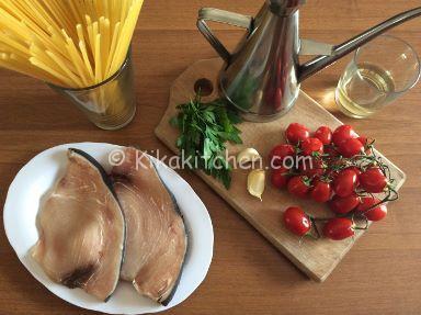 ingredienti pasta con pesce spada