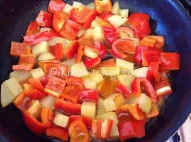 caponata con peperoni e patate