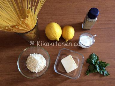 spaghetti al limone (pasta al limone)