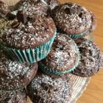 Muffin al cioccolato alti e soffici