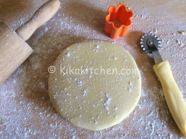 Pasta frolla con tuorli sodi