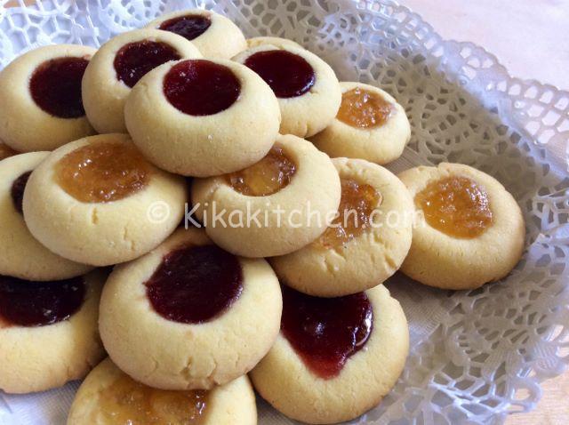 Biscotti ovis mollis con marmellata. Ricetta passo passo