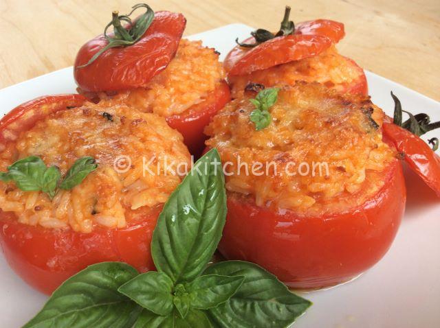 Pomodori ripieni di riso gratinati in forno