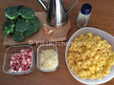 pasta broccoli e pancetta affumicata
