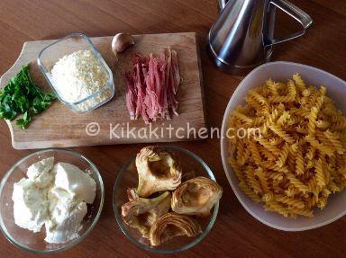 ingredienti pasta ricotta e carciofi