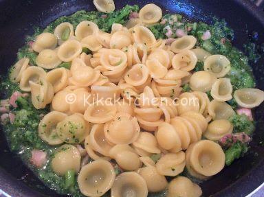 saltare pasta broccoli e pancetta