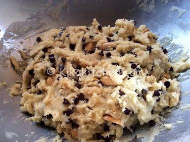 impasto cookies americani cioccolato e arachidi
