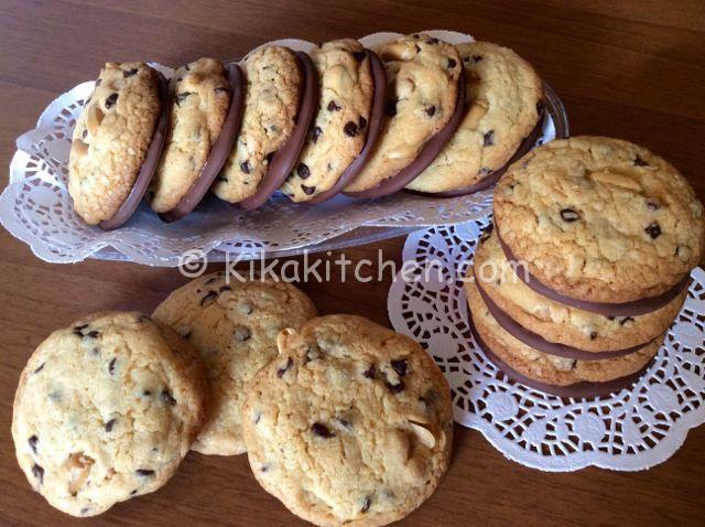 ricetta cookies americani cioccolato e arachidi