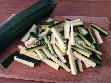 zucchine per pasta carbonara