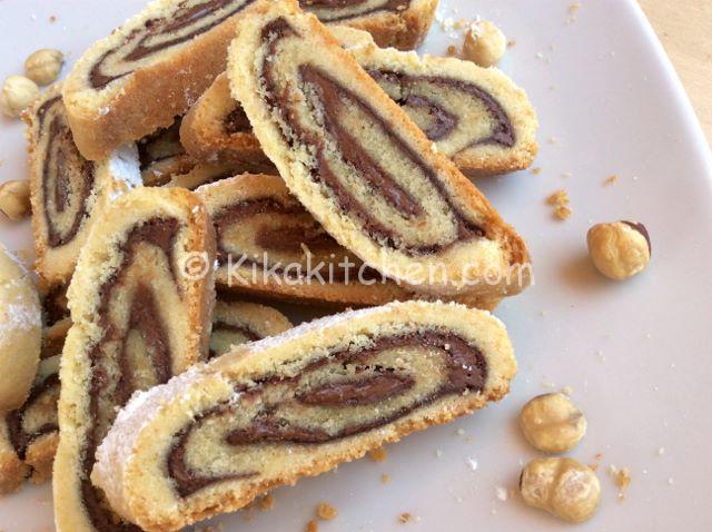 rotolo di pasta frolla alla nutella