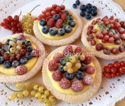 Crostatine ai frutti di bosco o altra frutta di stagione