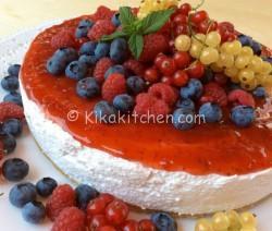 Cheesecake ai frutti di bosco senza cottura
