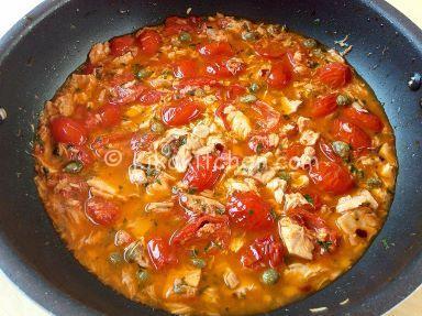 ricetta pasta con pomodorini e tonno