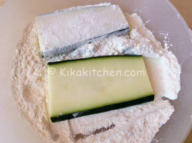 infarinare zucchine