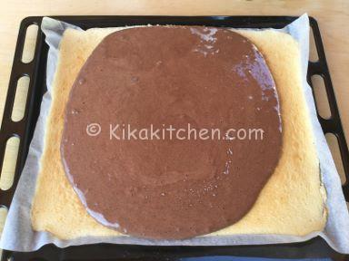 pasta biscotti bianca e nera