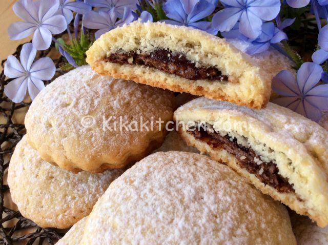 Biscotti con nutella facili e veloci