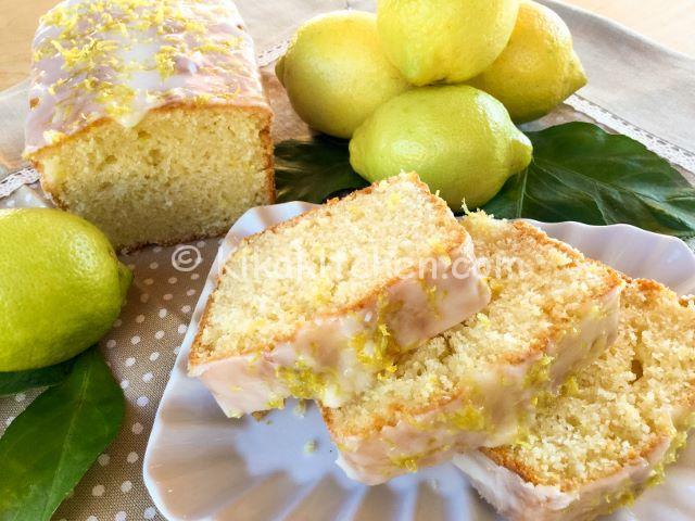 plumcake al limone con glassa
