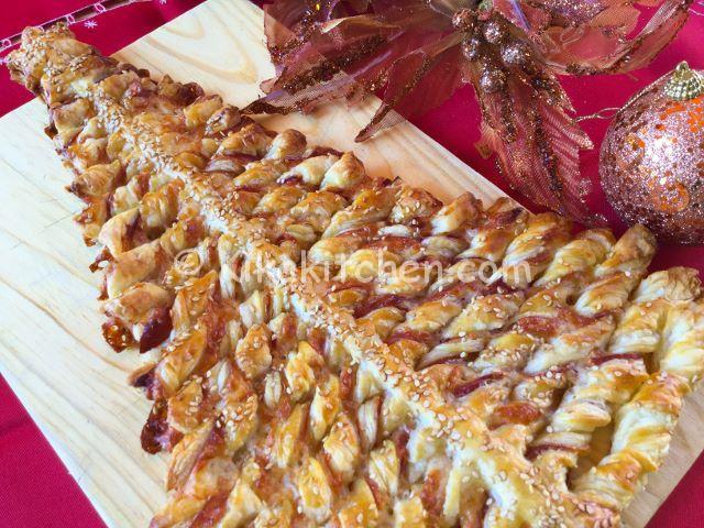 Albero Di Natale Di Pasta Sfoglia Salato.Albero Di Natale Di Pasta Sfoglia Kikakitchen