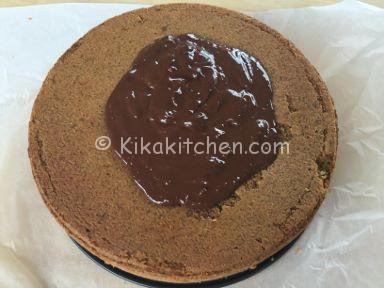 torta pistacchio con glassa al cioccolato