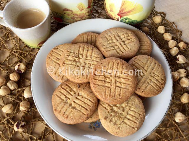 biscotti alle nocciole facili e veloci