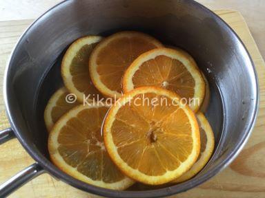 caramellare fettine di arancia