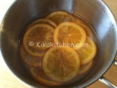 come caramellare le fette di arancia