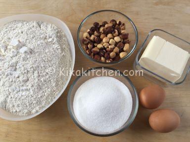 ingredienti biscotti con nocciole