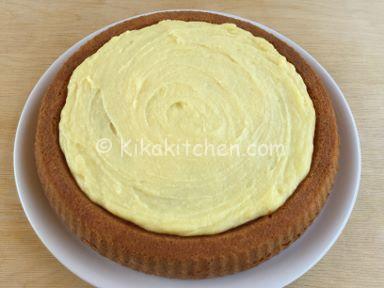 crostata morbida alla frutta con crema